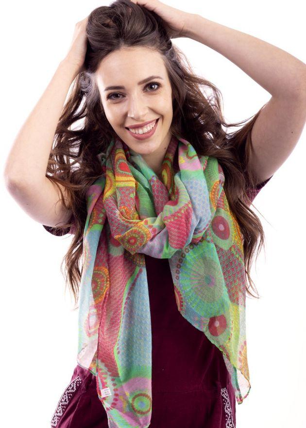 foulard-coloré-femme
