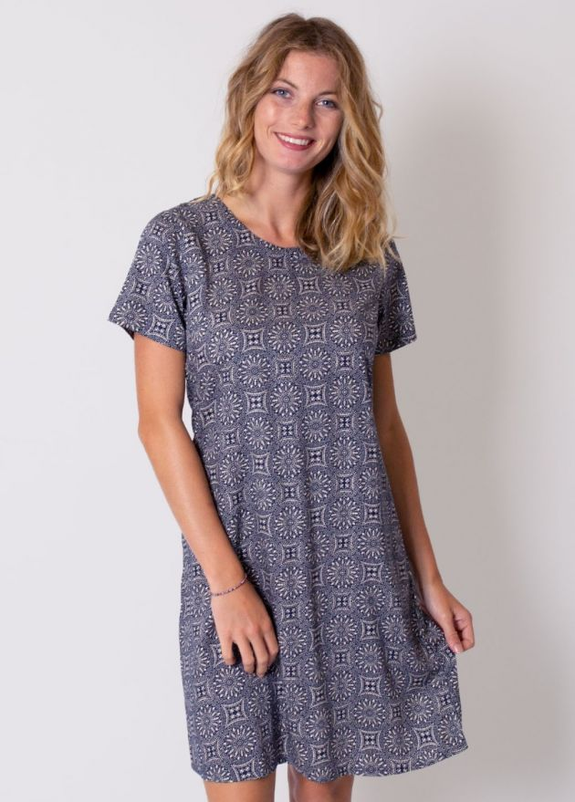 robe-casual-manches-courtes